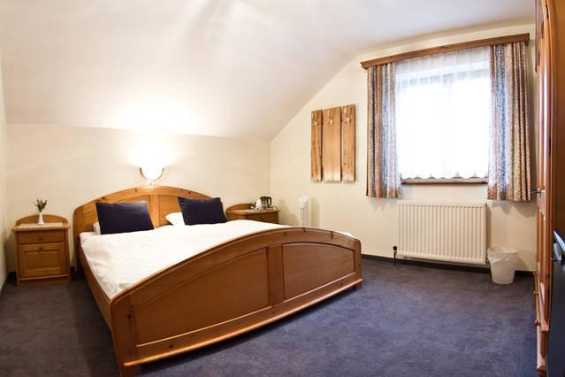 Rosenhof B&B Ebensee Austria Double Bedroom
